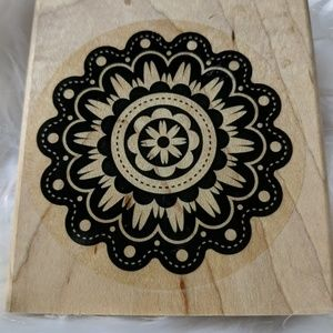 STAMPIN' UP! Quintessential Flower Retired Wood